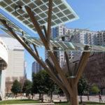 Israël : E Tree, l'arbre solaire prend racine