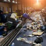 La lutte contre le chômage passe par nos poubelles